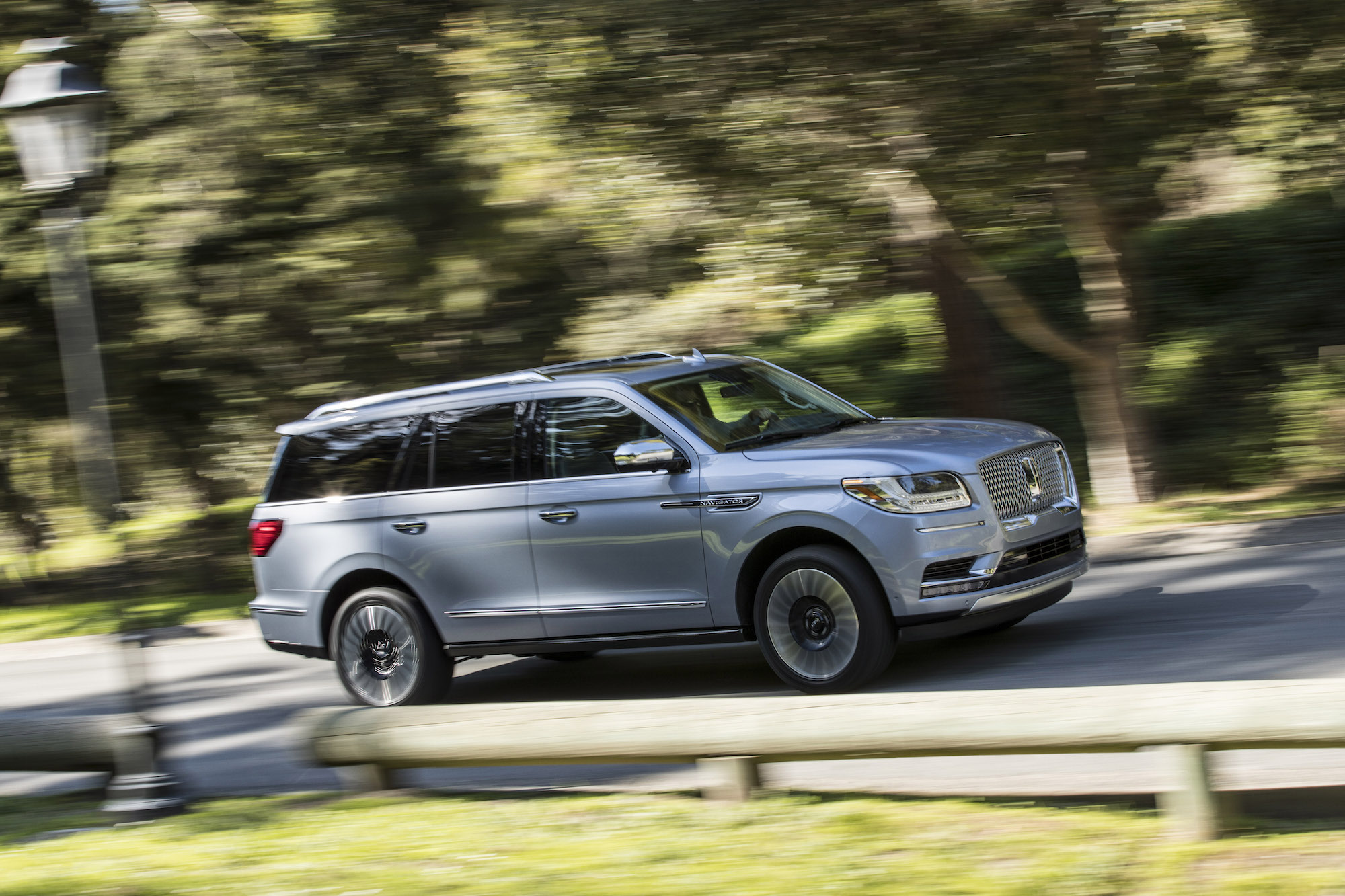 First Look 2018 Lincoln Navigator