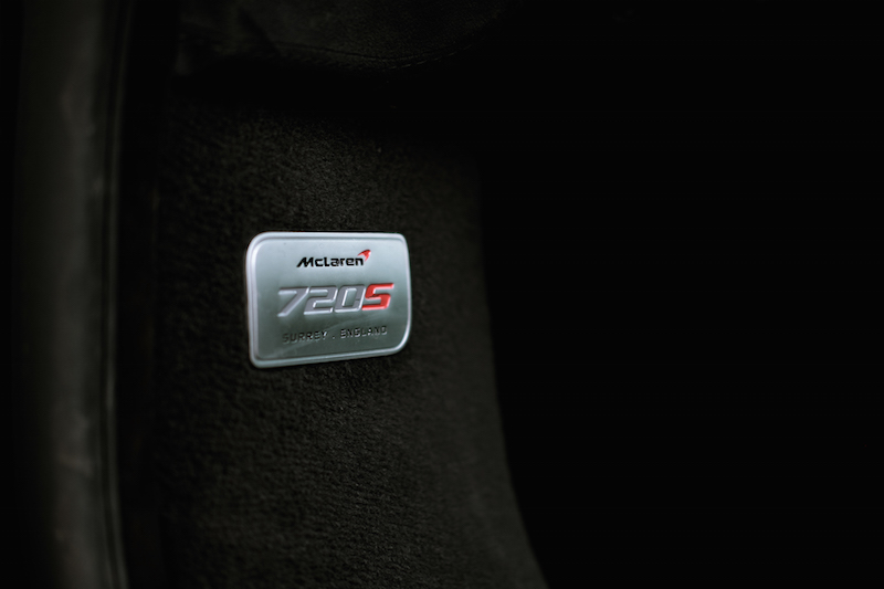 2018 McLaren 720S plaque badge