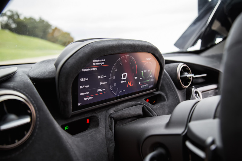 2018 McLaren 720S gauges in sport mode