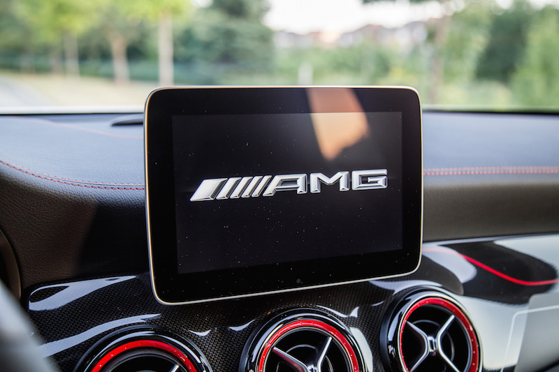 2018 Mercedes-AMG GLA45 amg screen logo