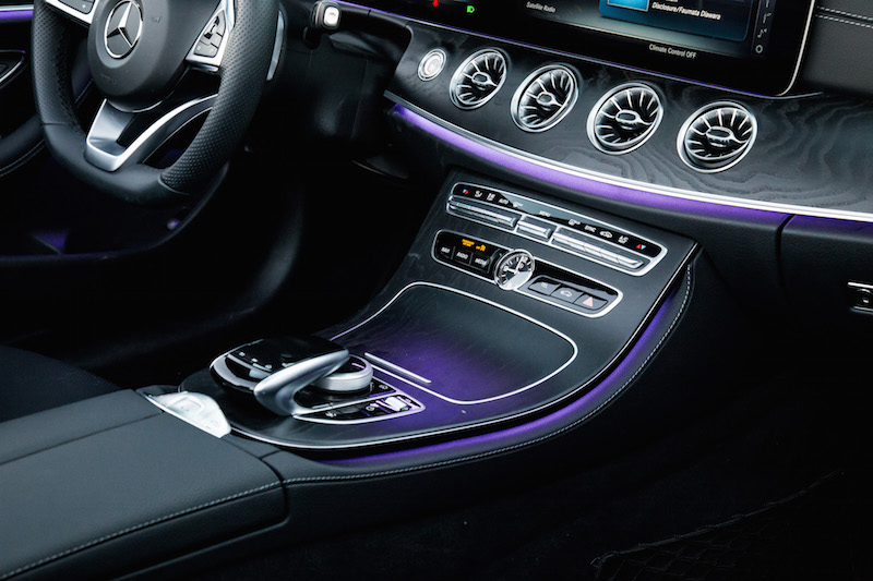 2018 Mercedes-Benz E400 Cabriolet center console ambient lighting