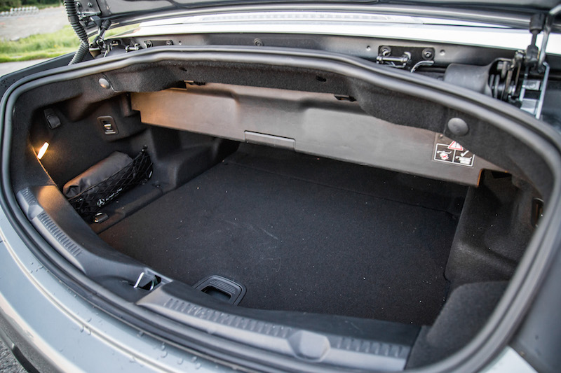 2018 Mercedes-Benz E400 Cabriolet trunk space