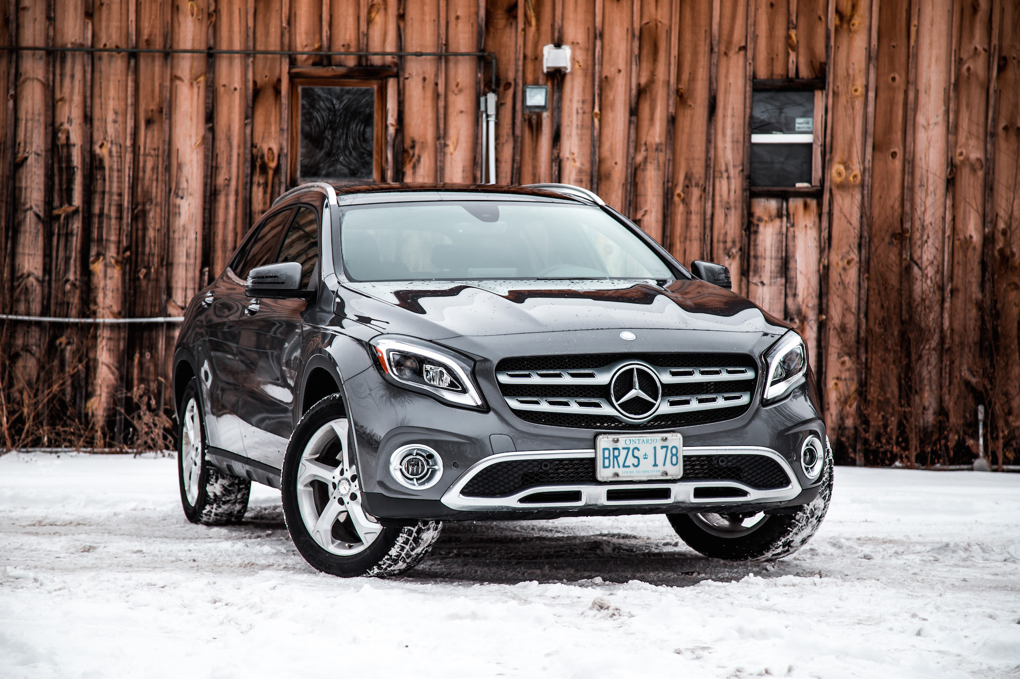 review 2018 mercedes benz gla 250 4matic canadian auto. Black Bedroom Furniture Sets. Home Design Ideas