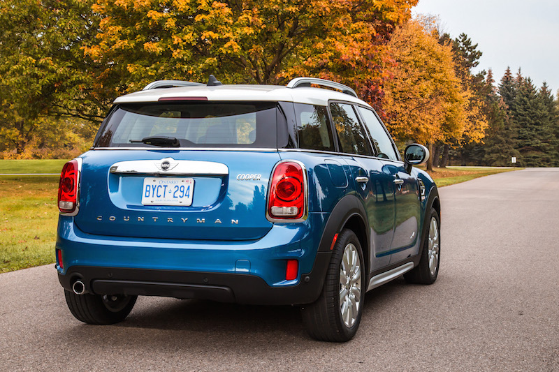 2018 MINI Countryman ALL4 blue paint