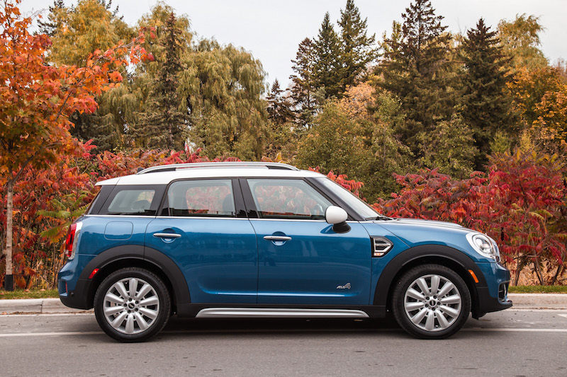 2018 MINI Countryman ALL4 side view customization
