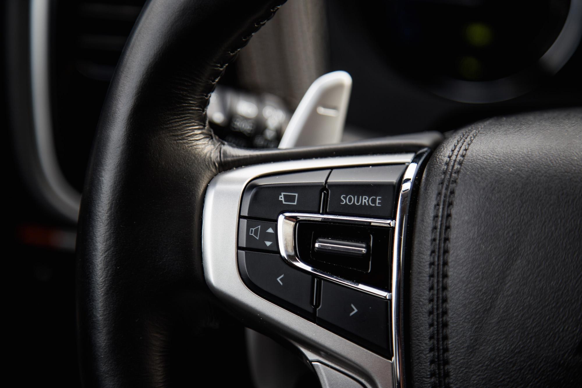 Review: 2018 Mitsubishi Outlander PHEV   CAR