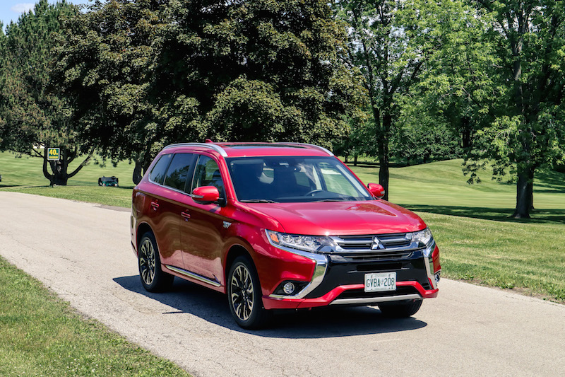 2018 Mitsubishi Outlander PHEV red paint