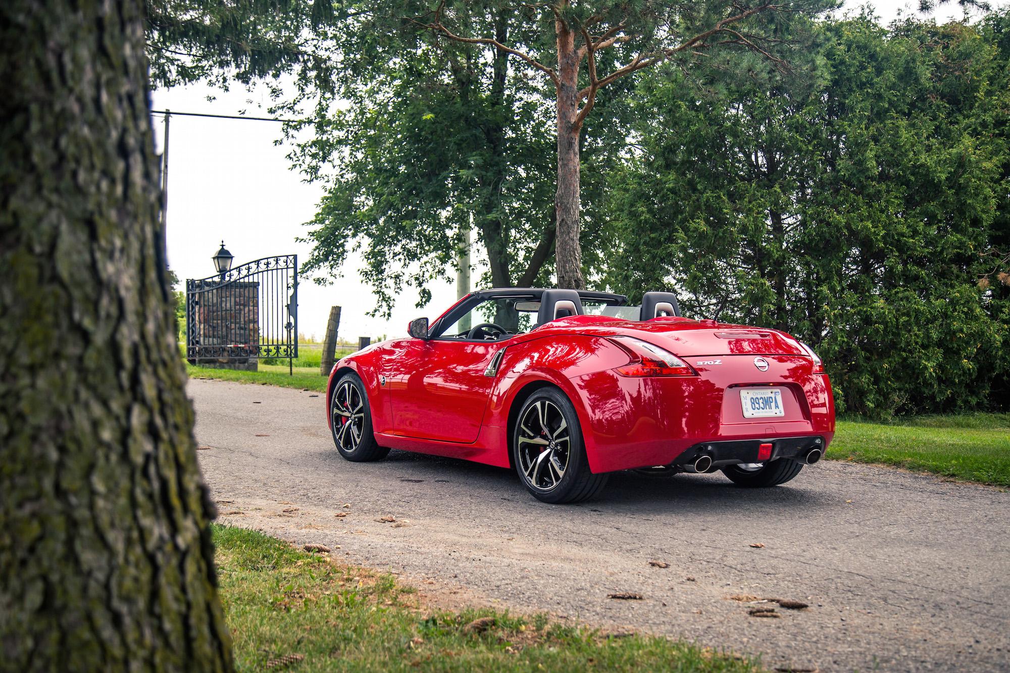 2018 nissan 370z roadster. interesting nissan 2018 nissan 370z roadster touring sport rear view top down intended nissan 370z roadster