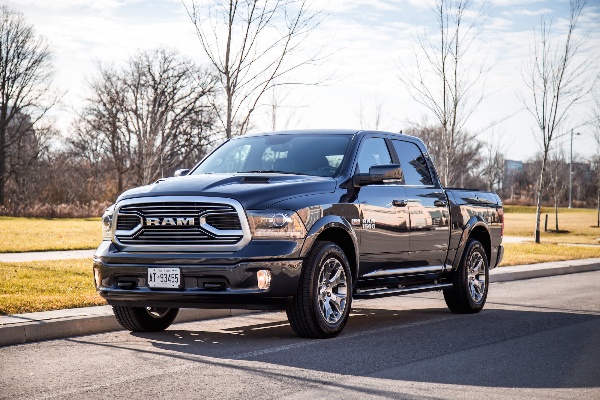 review 2018 ram 1500 limited tungsten edition canadian auto review. Black Bedroom Furniture Sets. Home Design Ideas