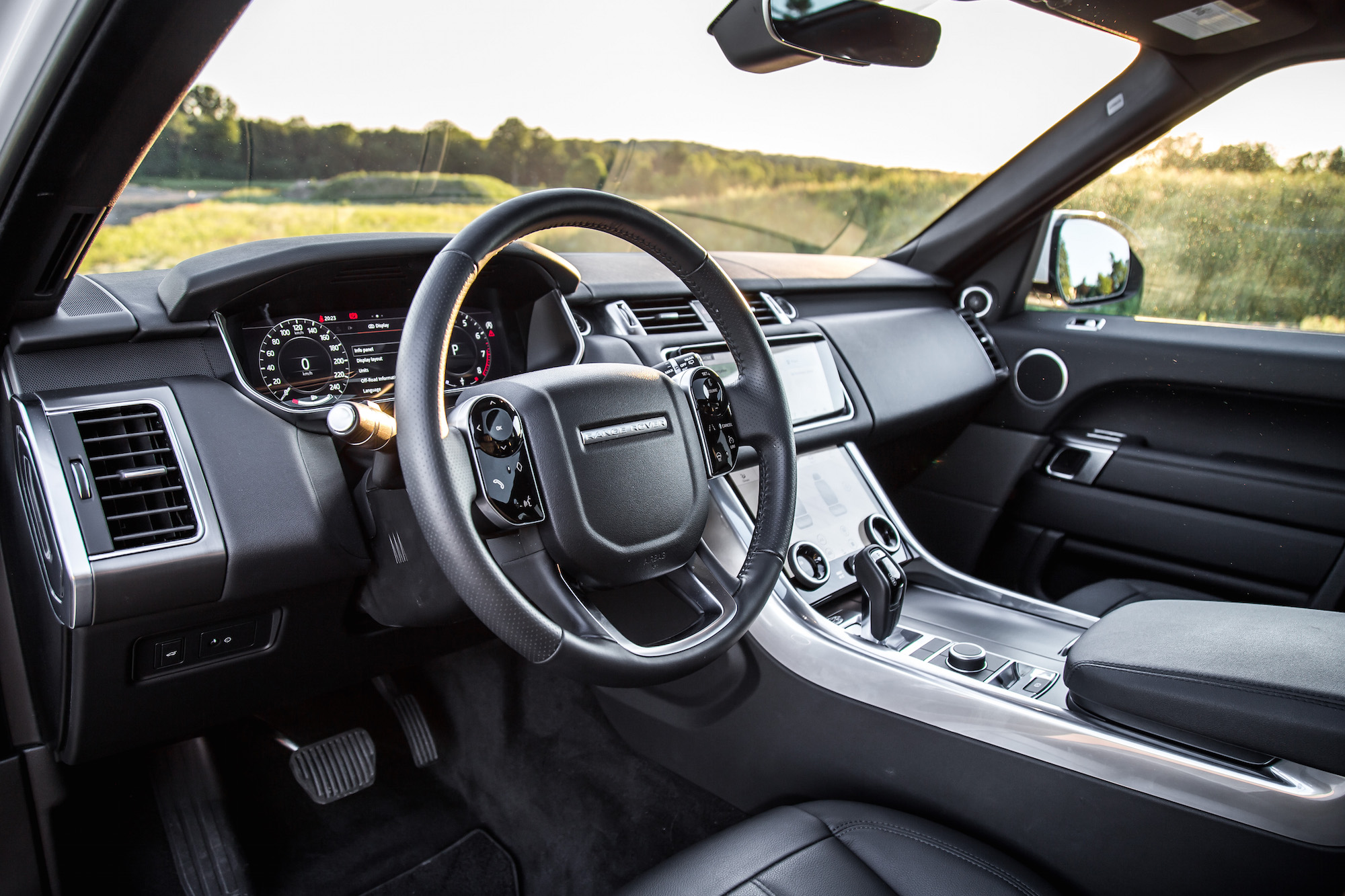 Review 2018 Range Rover Sport Se Car