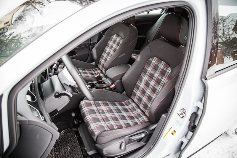 2018 Volkswagen Golf GTI clark interior seats plaid