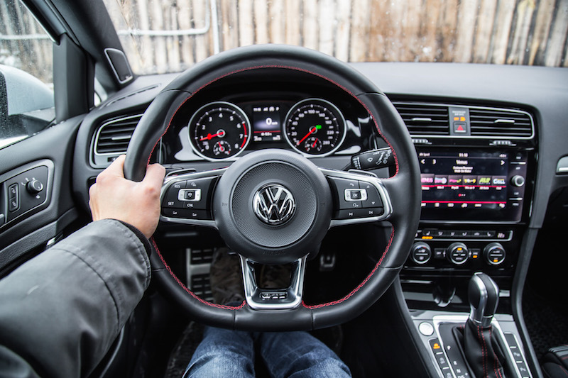 2018 Volkswagen Golf GTI pov drive steering wheel
