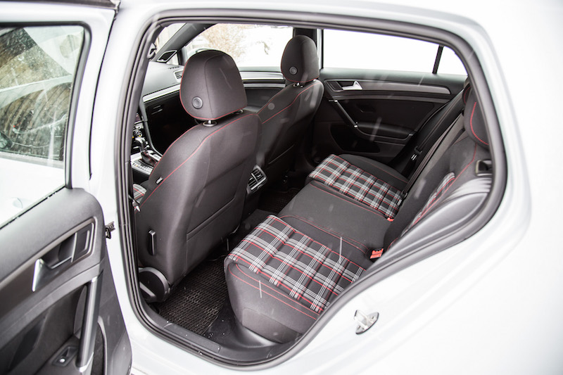 2018 Volkswagen Golf GTI rear seats