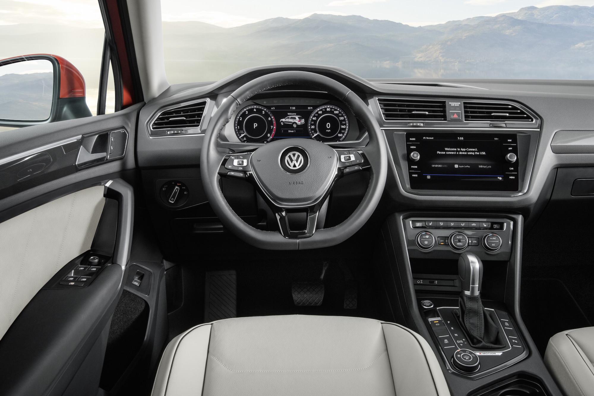2018 volkswagen tiguan new steering wheel digital cockpit display