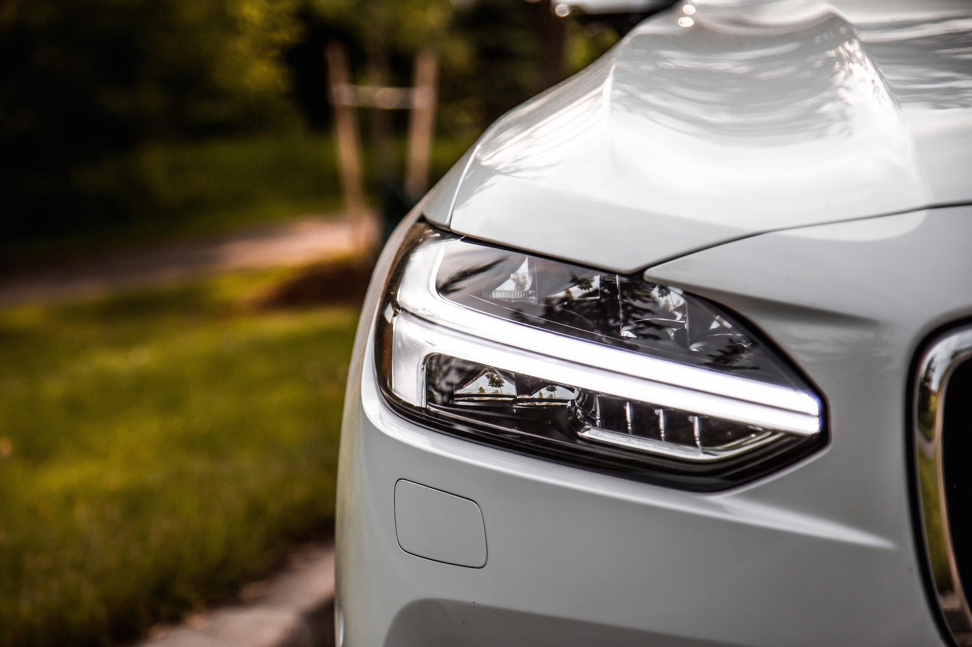 Review: 2018 Volvo S90 T8 Inscription   CAR