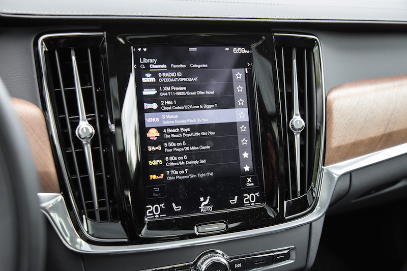 2018 Volvo S90 T8 Inscription sensus infotainment screen