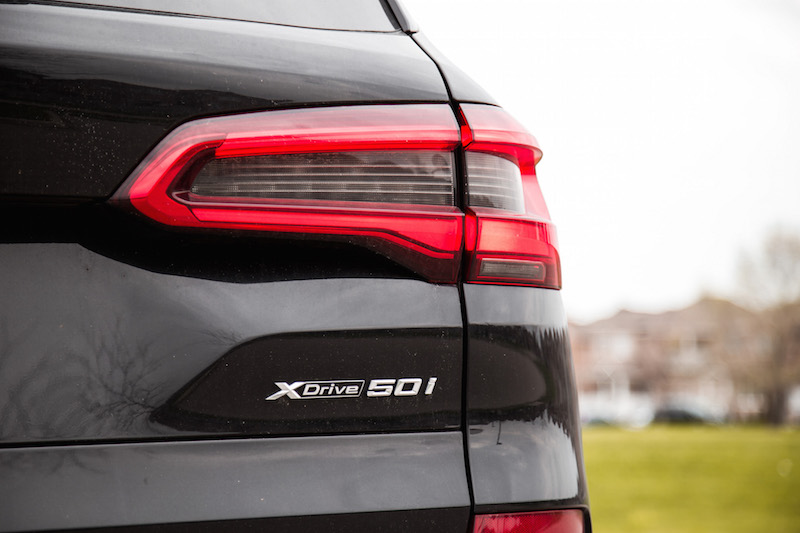 2019 BMW X5 xDrive 50i badge v8