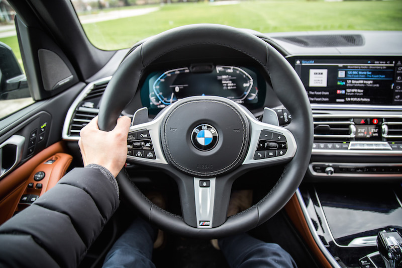 2019 BMW X5 xDrive 50i pov steering wheel