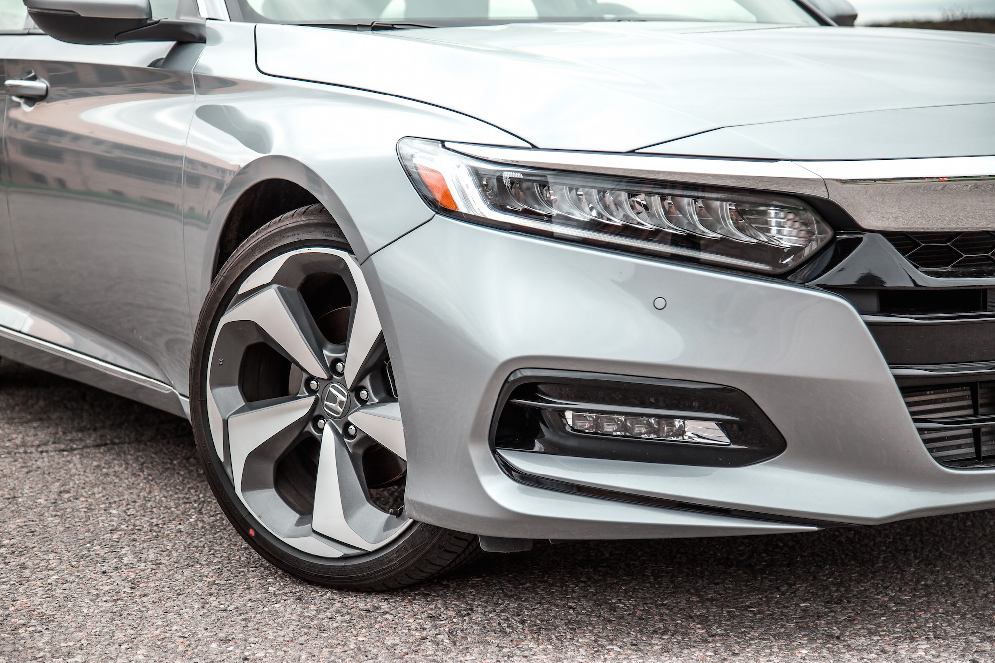 accord honda touring wheels specifications