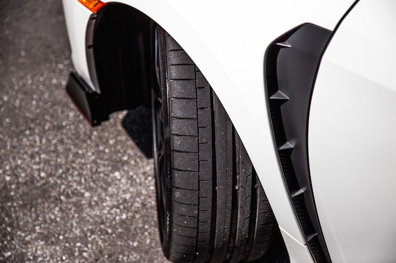 2019 Honda Civic Type R tire tread