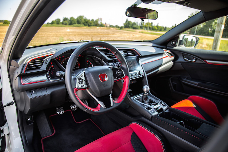 2019 Honda Civic Type R interior black red