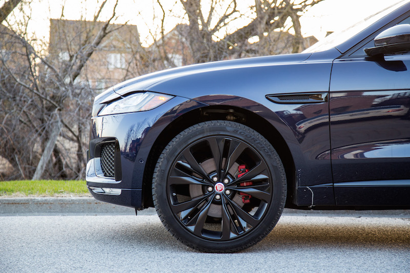 2019 Jaguar F-Pace S 22-inch wheels pirelli scorpion tires