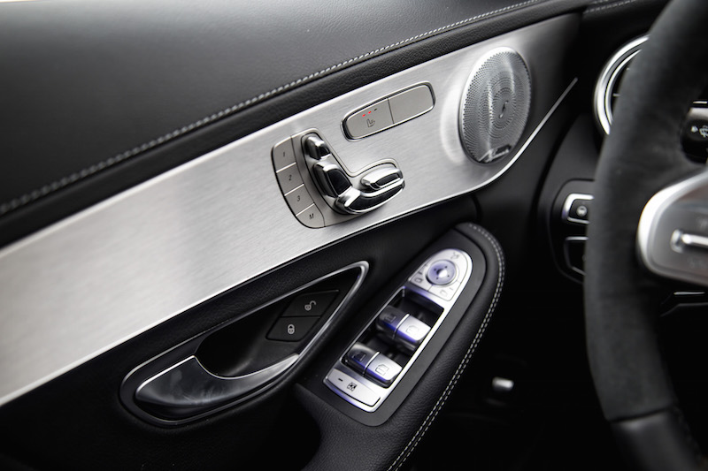 2019 Mercedes-AMG C 43 Wagon door panel controls