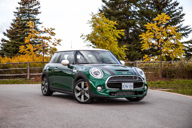 MINI Cooper S 60 Years Edition british racing green paint