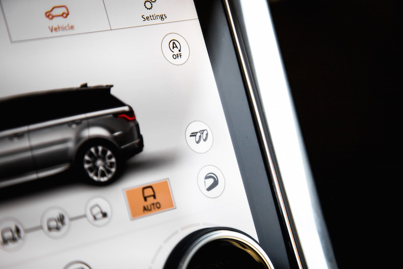 2019 Range Rover SVR exhaust mode button
