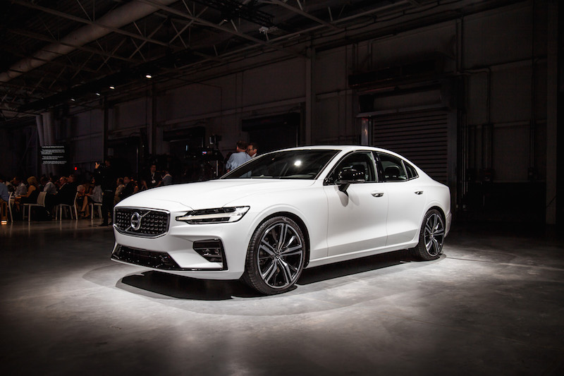 Volvo S60 T5 >> First Look: 2019 Volvo S60 | CAR