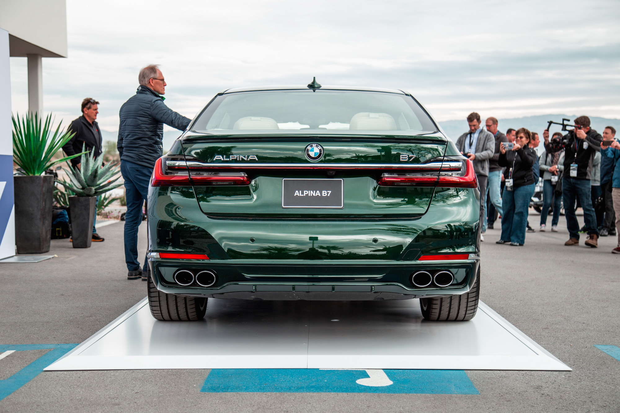 First Look 2020 Bmw Alpina B7 Xdrive Car