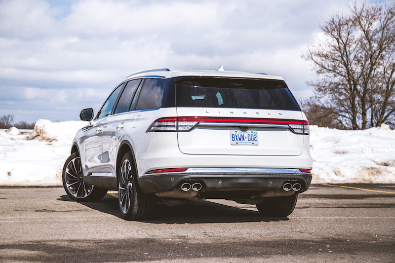2020 Lincoln Aviator Reserve quad exhaust tips