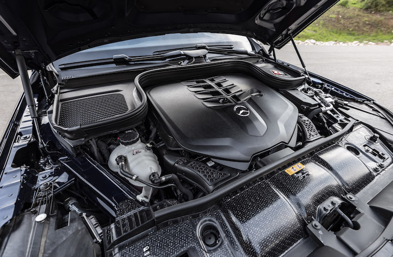 2020 Mercedes-Benz GLS v8 engine bay