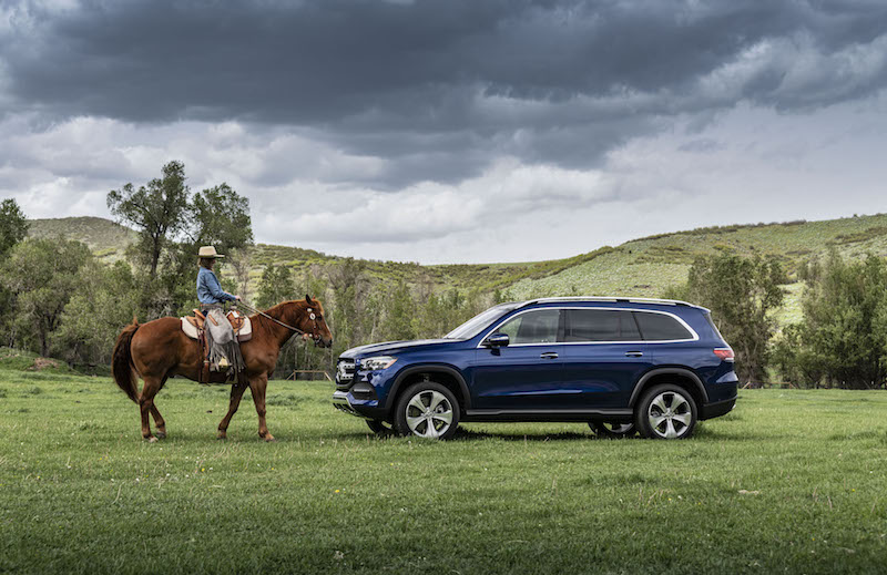 2020 Mercedes-Benz GLS 450 brilliant blue paint
