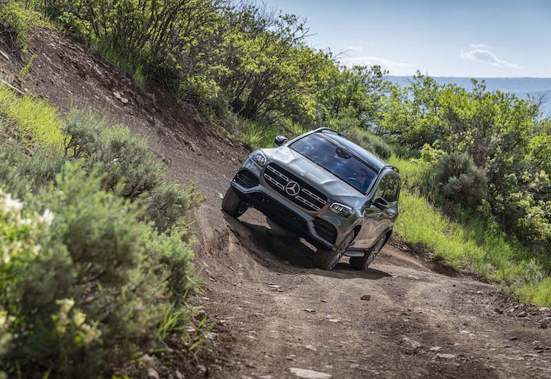 2020 Mercedes-Benz GLS incline road clearance