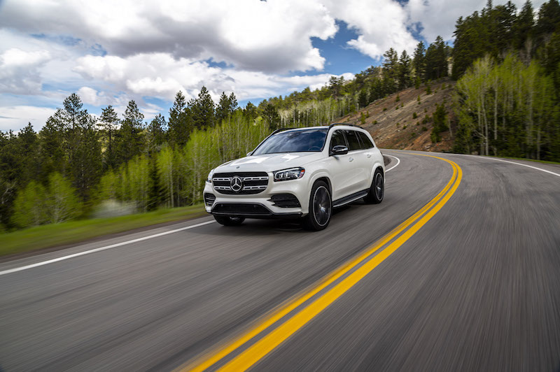 2020 Mercedes-Benz GLS 580 car to car shot