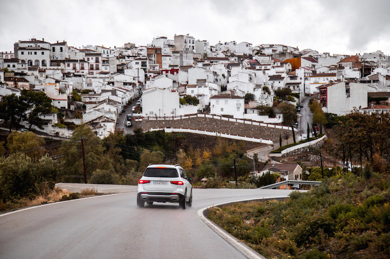 2020 Mercedes-Benz GLB 250 4MATIC spain whitewashed buildings