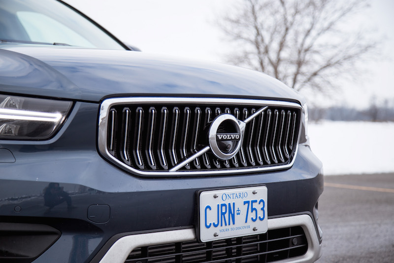 2020 Volvo XC40 T5 Inscription front grill