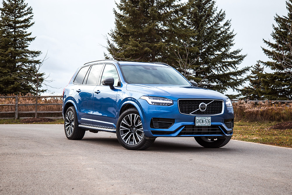 2020 Volvo XC90 T8 R-Design canada review