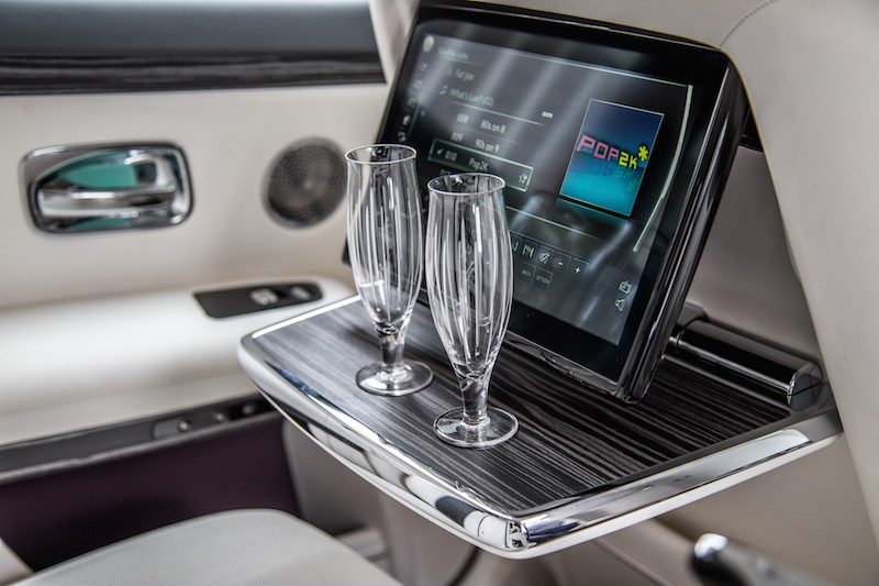 2021 Rolls-Royce Ghost grace white champagne glasses flutes
