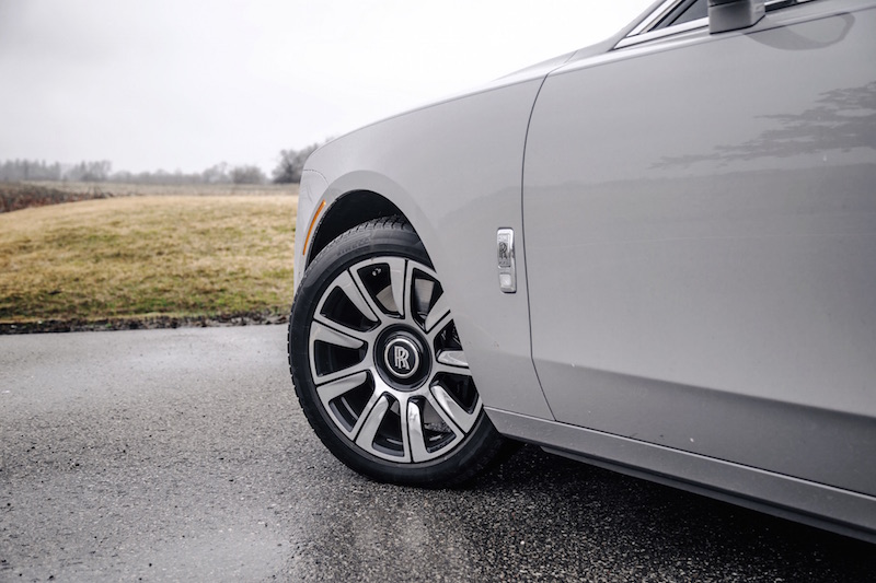 2021 Rolls-Royce Ghost Tempest Grey winter tires 21-inch pirelli sottozero